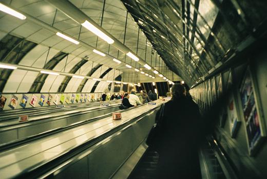 런던 지하철, 튜브 에스컬레이터