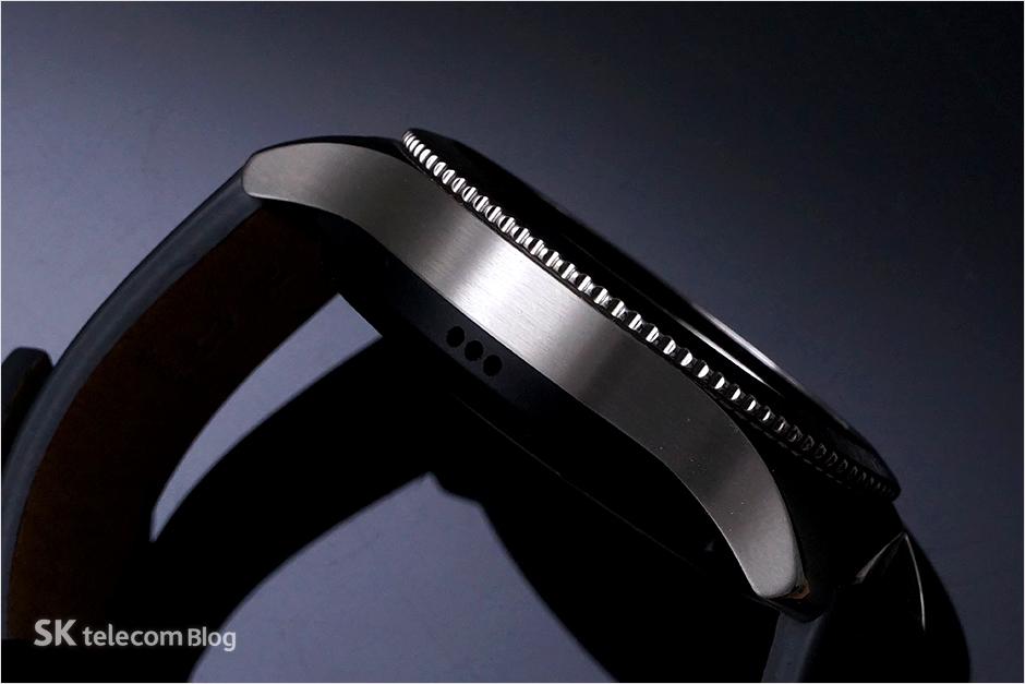 170131-skt-gear-s3-classic-lte_5